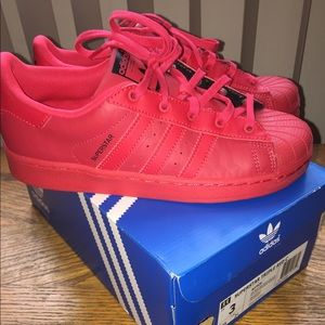 (Never Worn) Red Adidas Size 3
